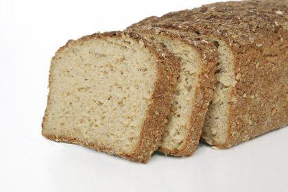 Gluten-free oat loaf bread