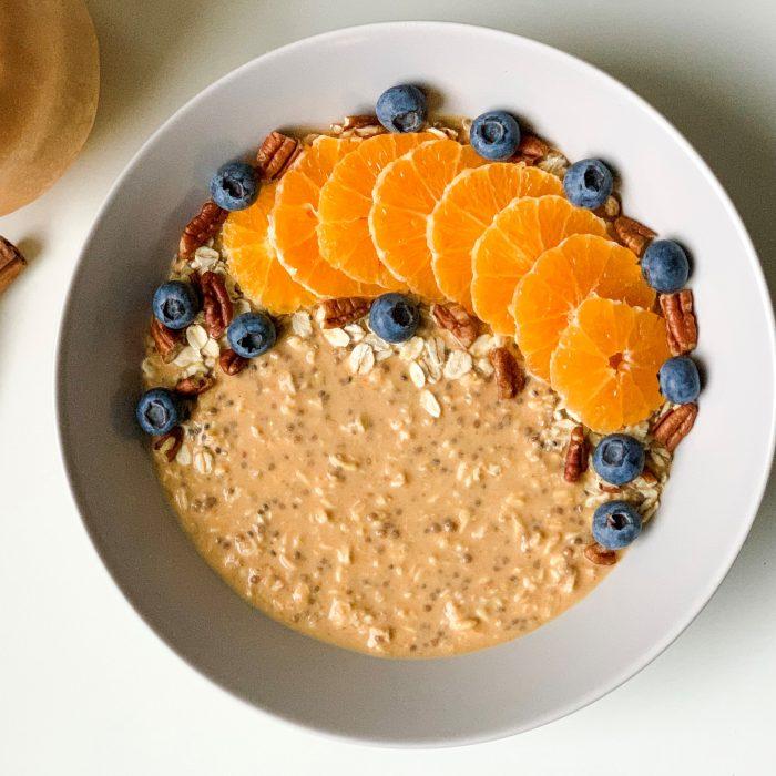 Gluten-free pumpkin spice overnight oats