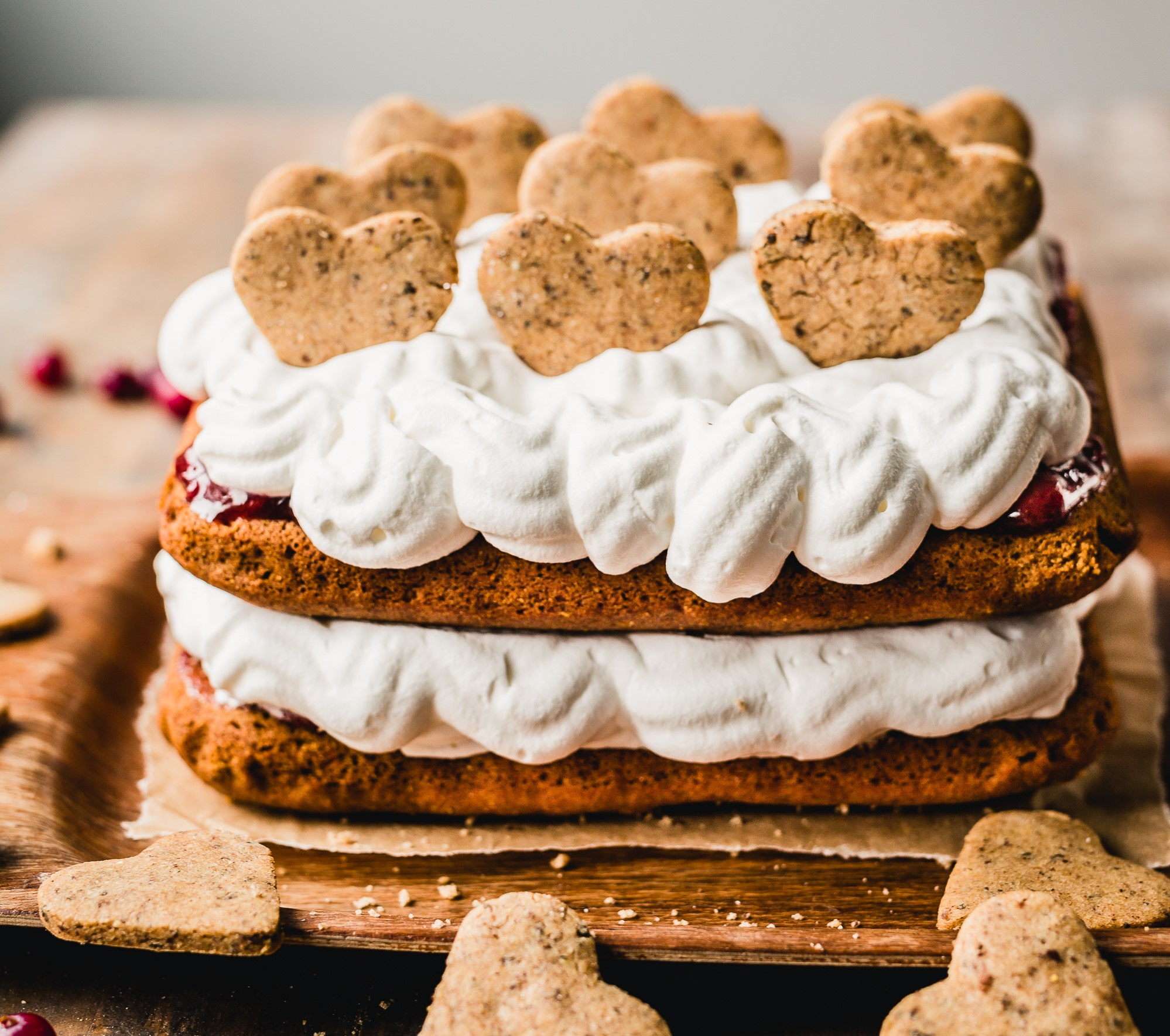 Gluten-free gingerbread cookie cake