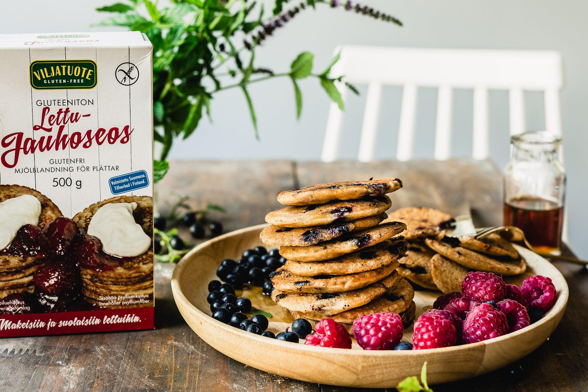 Glutenfree vegan blueberry cardamom pancakes