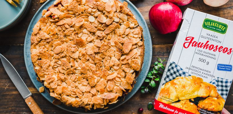 Gluten-free vegan apple tosca cake