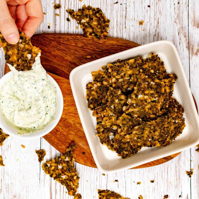 Pain croquant multi-graines aux orties sans gluten