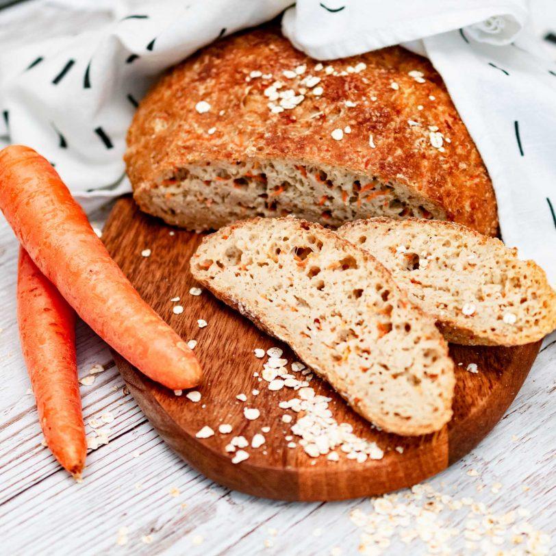 Pain aux carottes en cocotte sans gluten
