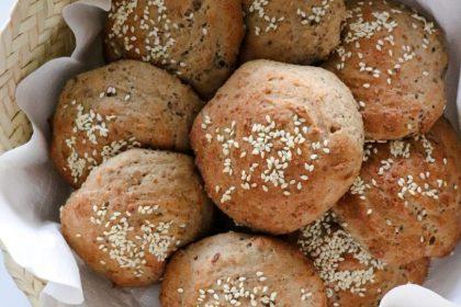 Petits pains au sarrasin et graines de lin sans gluten