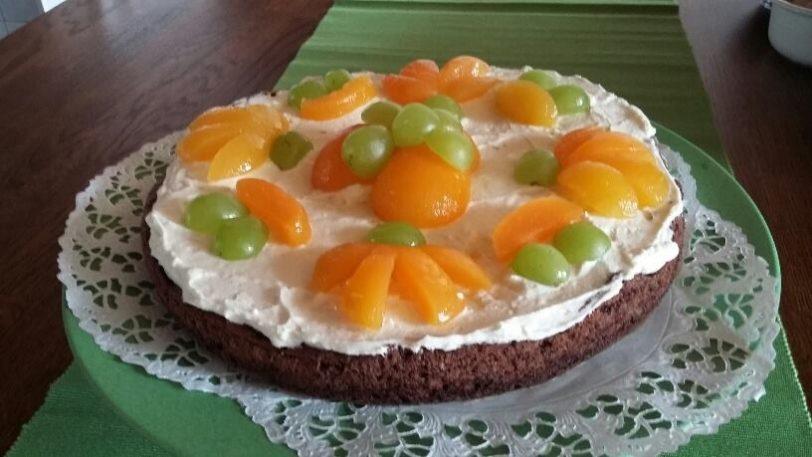 Gluteeniton Suklainen Pääsiäskakku