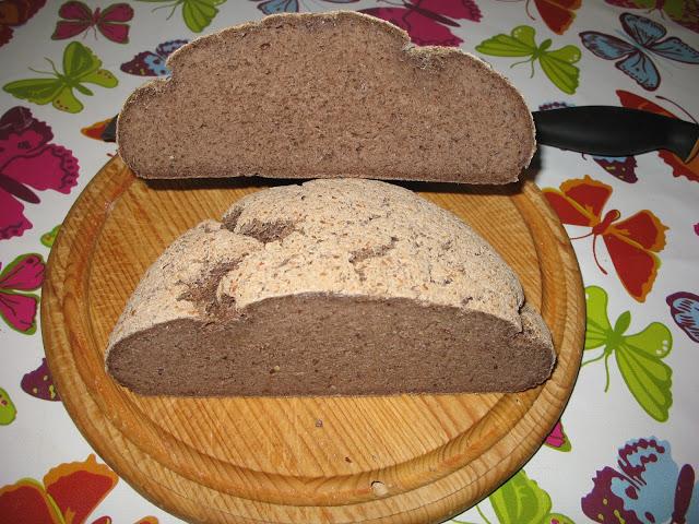 Gluteeniton Hapanleipä Tef-jauholla