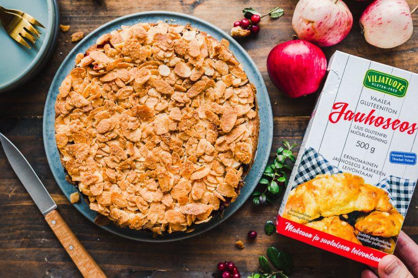 Gluteeniton ja vegaaninen omena-toscakakku